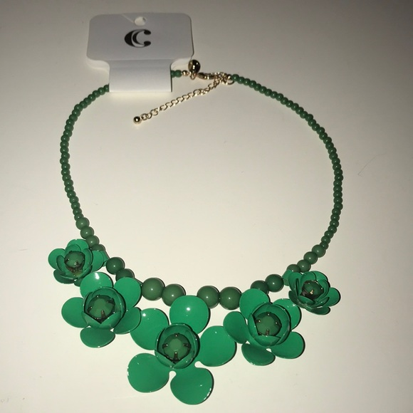 Charming Charlie Jewelry - Charming Charlie green necklace, NWT!